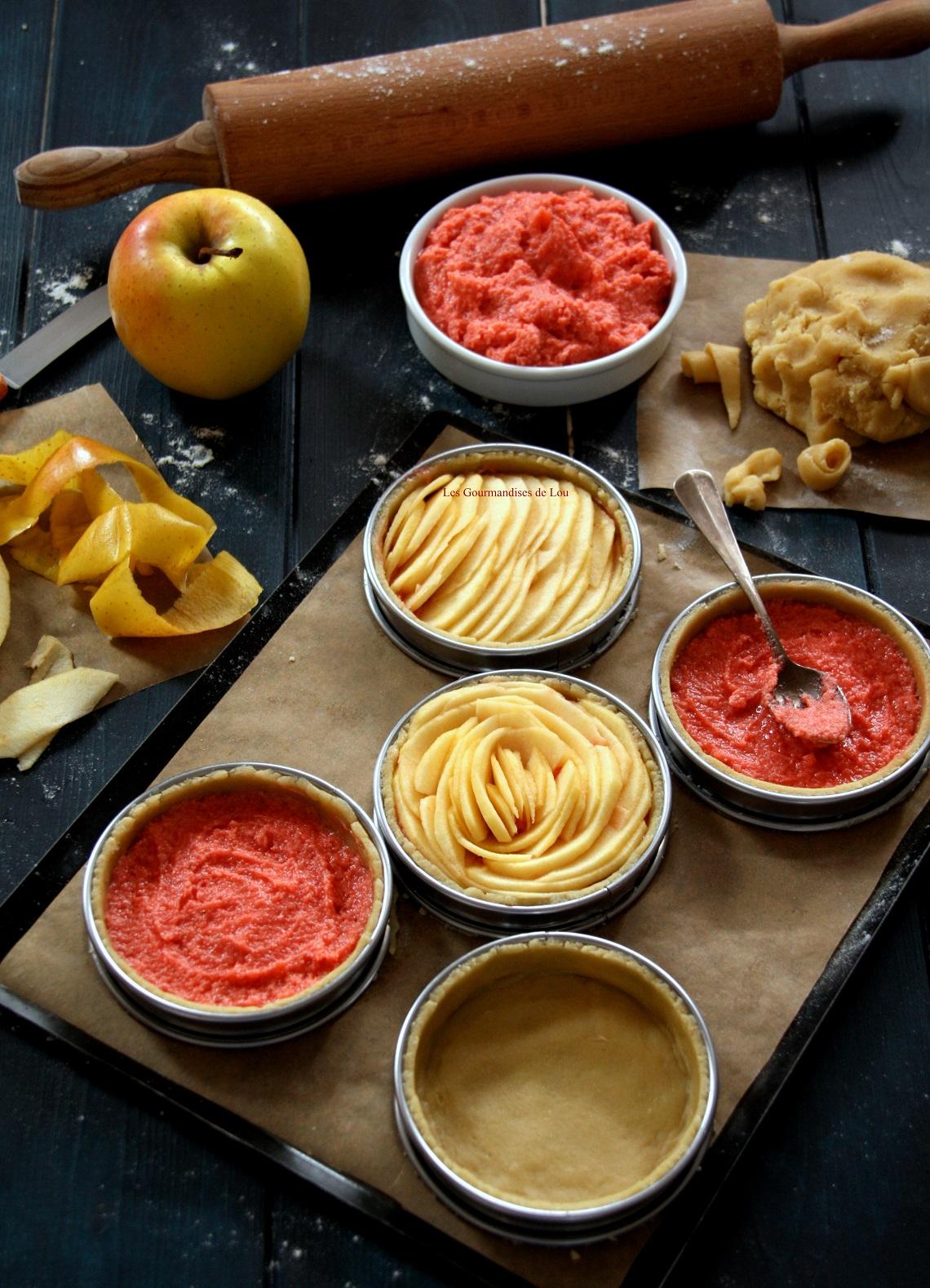 preparation-tartelettes-aux-pommes-creme-d-amande-aux-pralines-roses