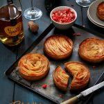 Tartelettes aux pommes – crème d'amande aux pralines roses