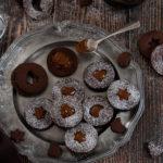 Sablés au cacao et confiture de lait