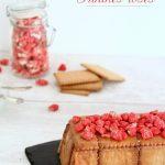 Gâteau thé brun aux pralines roses