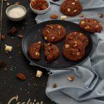 Cookies aux deux chocolats, amandes et noix de pécan (d'après les Outrageous chocolate cookies de Martha Stewart)